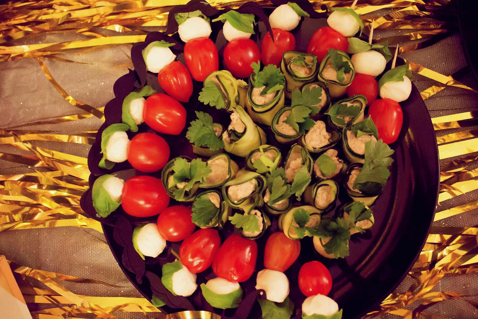 zucchini-walnuss-röllchen {oscar buffet 2016}