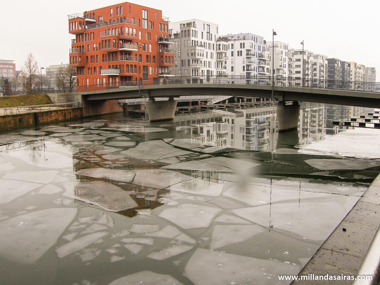 Río Meno semicongelado