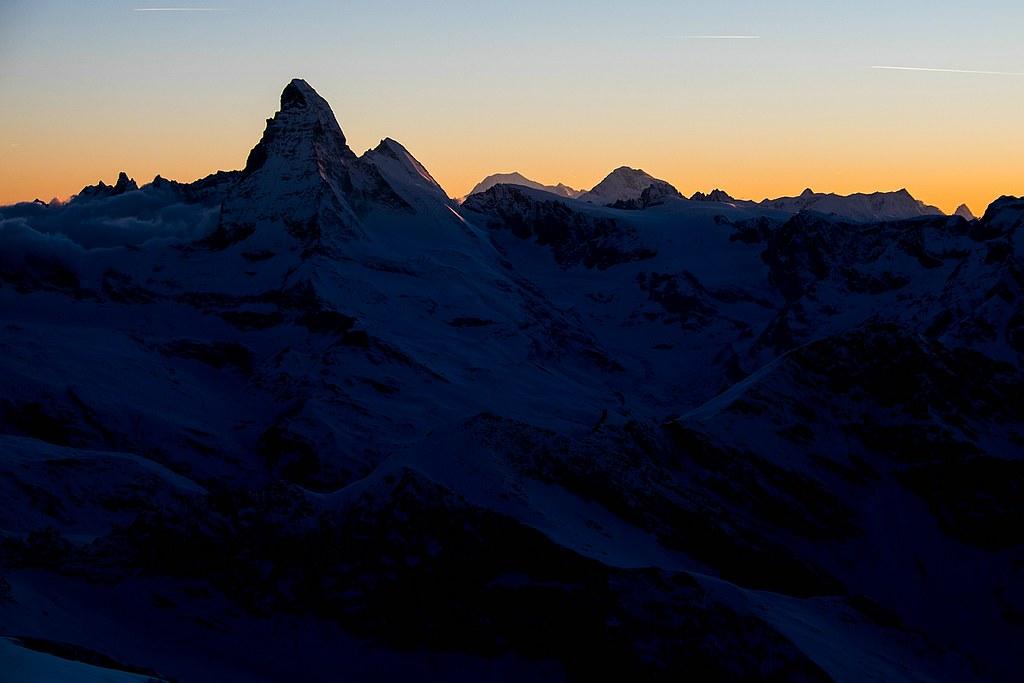 Strahlhorn, Britannia Hütte, Saas Fee:http://skitourguru.com/chata/12-britannia-hutte, Walliser Alpen:http://skitourguru.com/oblast/22-walliser-alpen-alpes-valaisannes, Switzerland