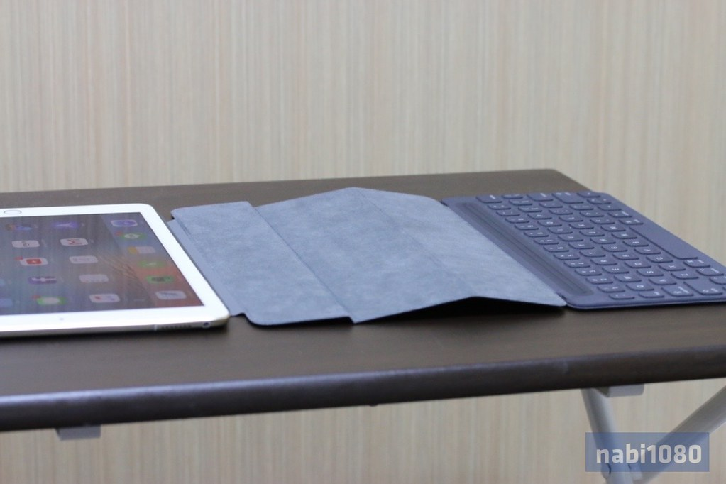 iPad Pro 9.7 Smart Keyboard21