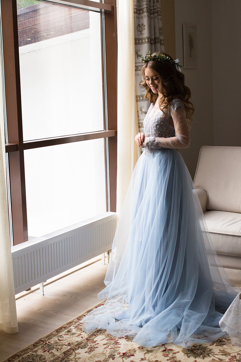 d5a26a54 A blue wedding gown for