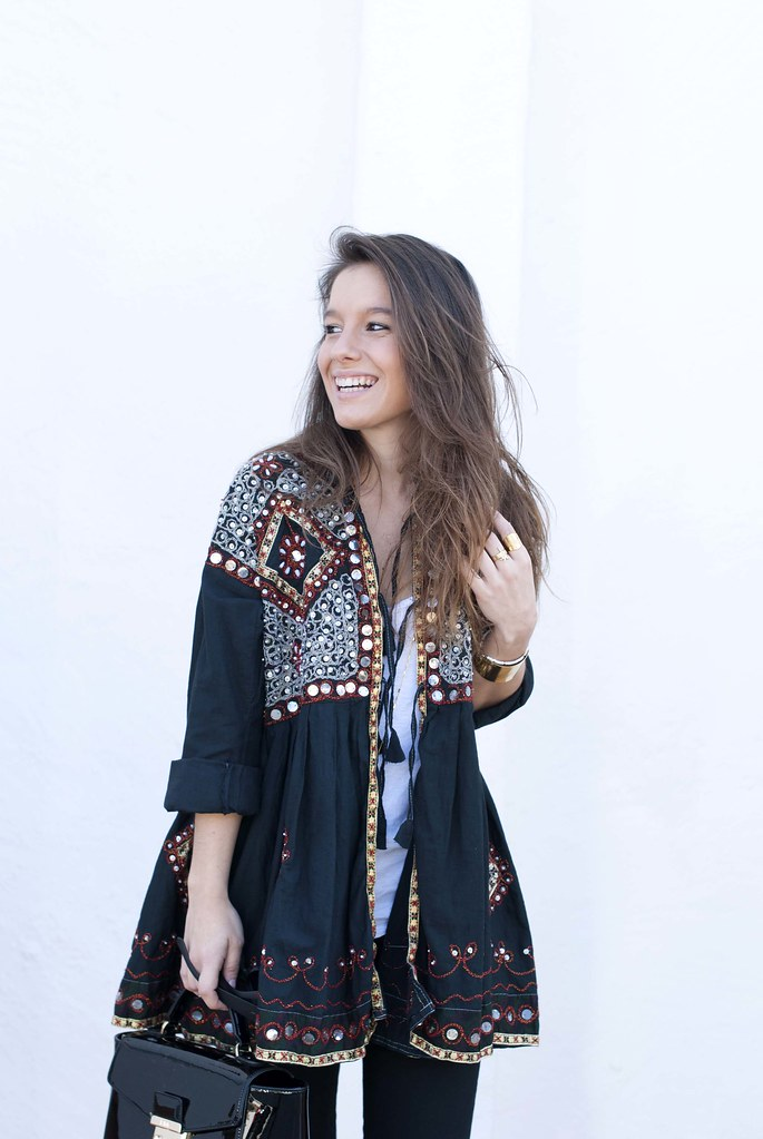 06_boho_outfit_in_black
