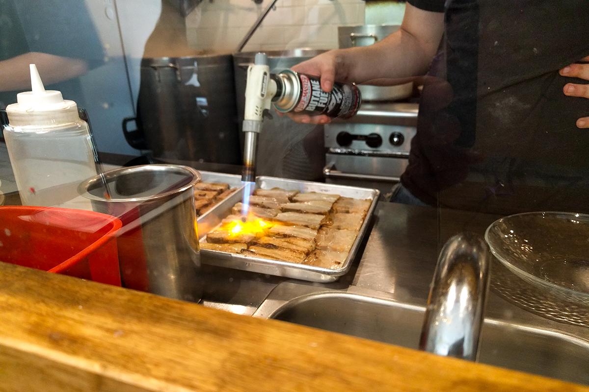 junmen-ramen-roast-pork