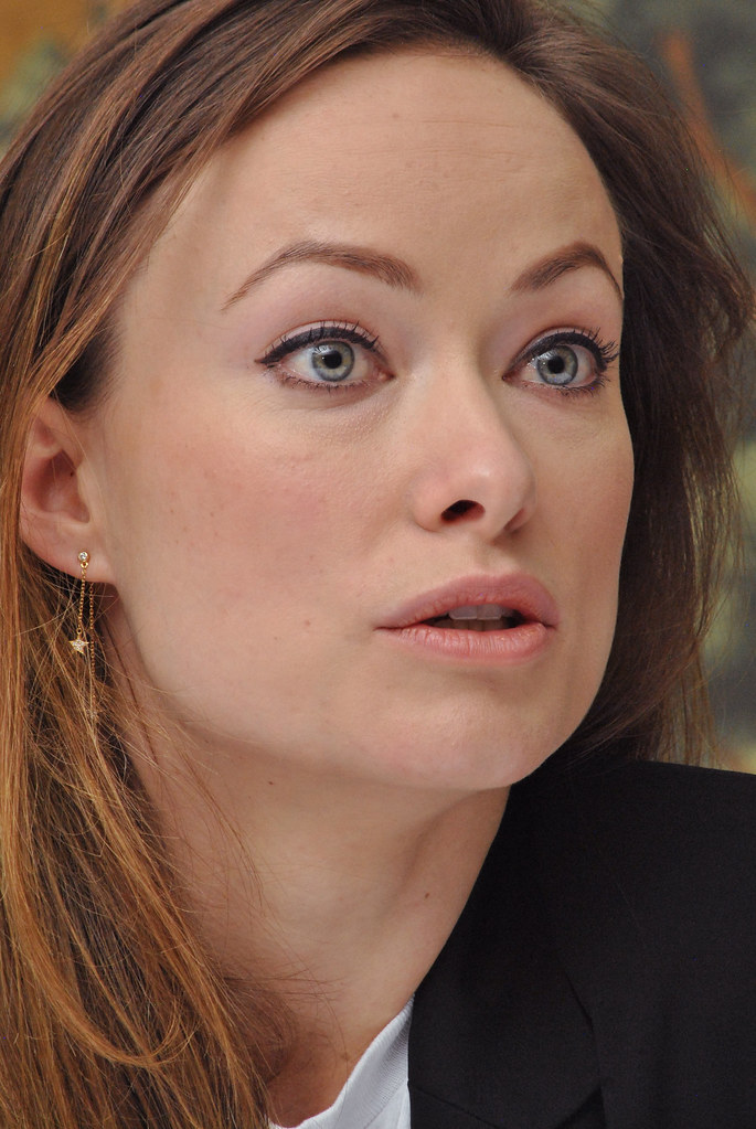 Оливия Уайлд — Пресс-конференция «Винил» 2015 – 33