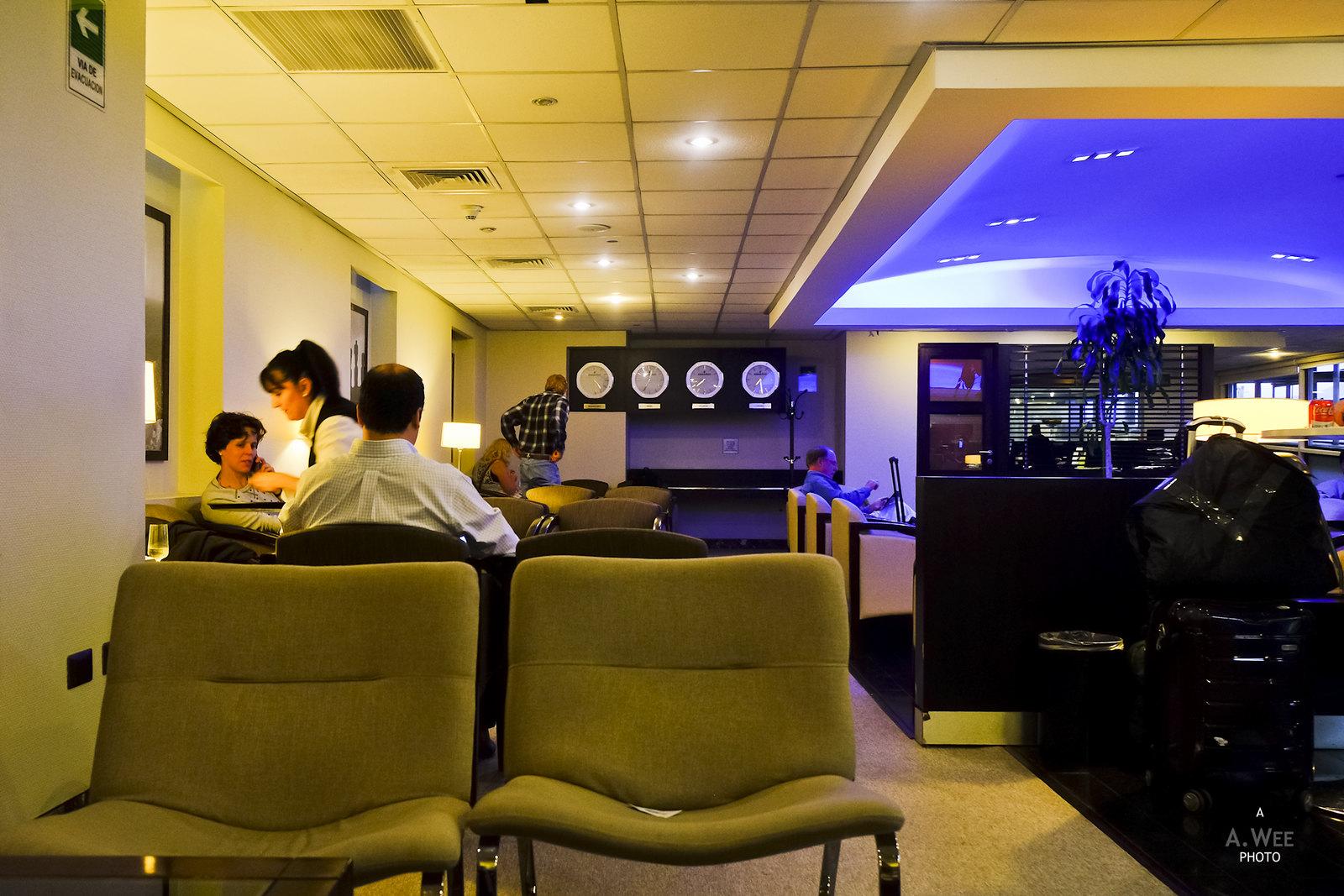 Sky Club Lounge