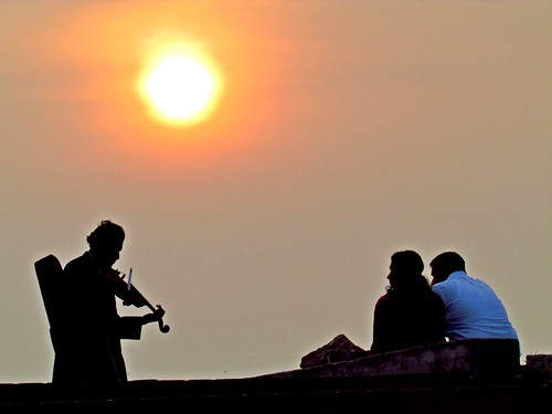 sunset musician music sun india beach happy evening kerala valentine violin kollam violinist happyvalentinesday sanandkarun sanandkarunakaran