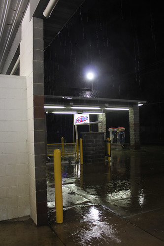 illinois carwash nighttime breese