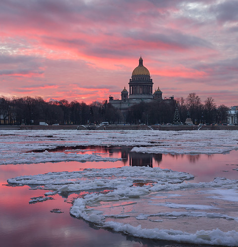 ice saint sunrise cathedral petersburg isaacs neva