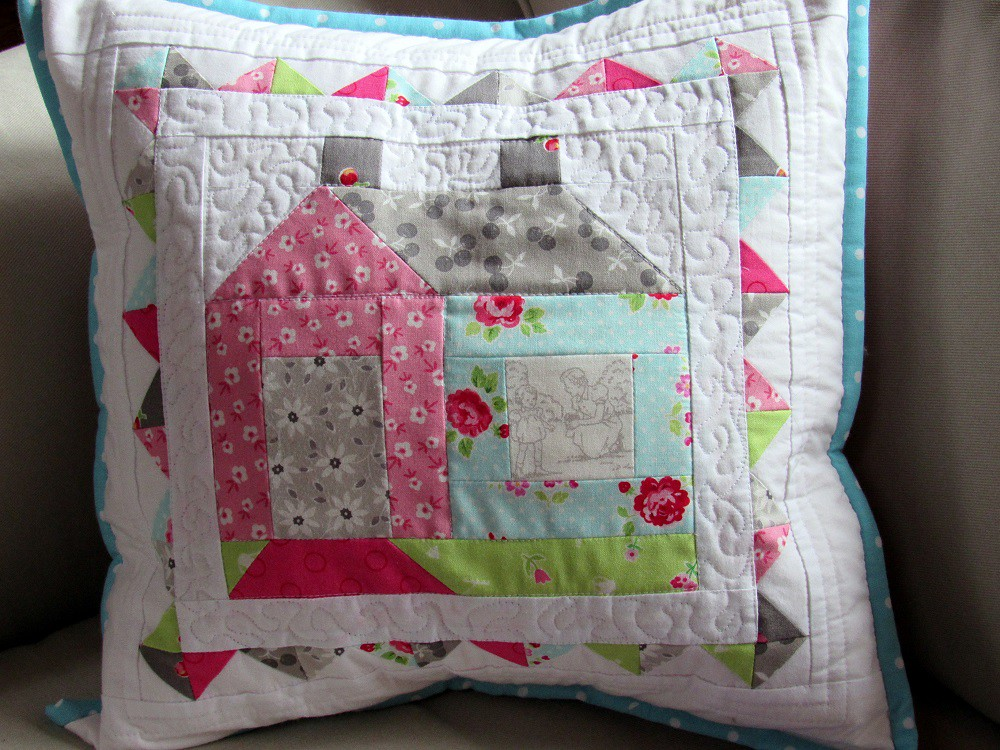 cozy cottage block in pam kitty fabrics pattern from lori flickr rh flickr com  cozy cottage fabrics augusta me