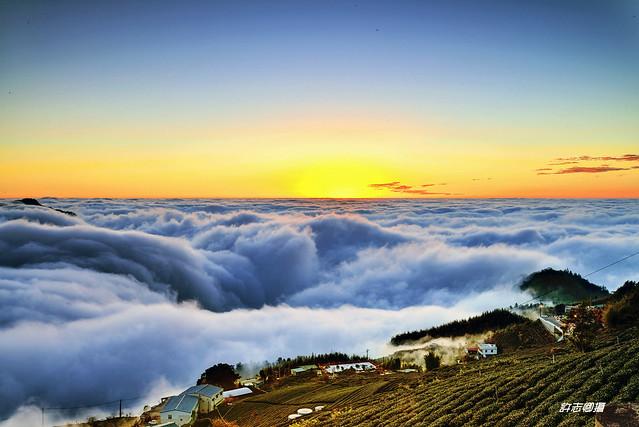 - u9802u77f3u684cu96f2u6d77  Dingshihjhuo  Clouds