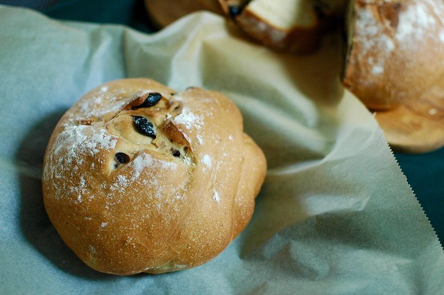 Olive Loaves