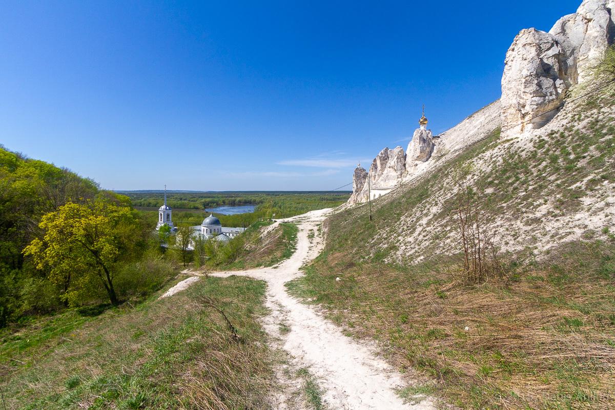 Пещерная церковь Дивногорского Свято-Успенского мужского монастыря фото 10