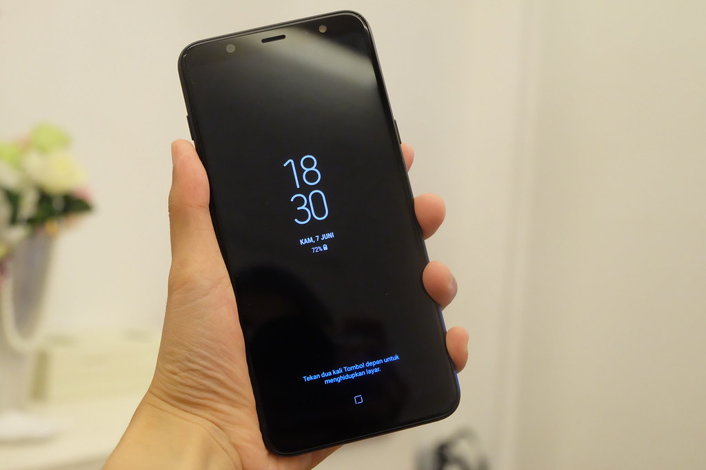 Tampilan Always On Display di layar Galaxy A6 Plus (Liputan6.com/ Agustin Setyo W)