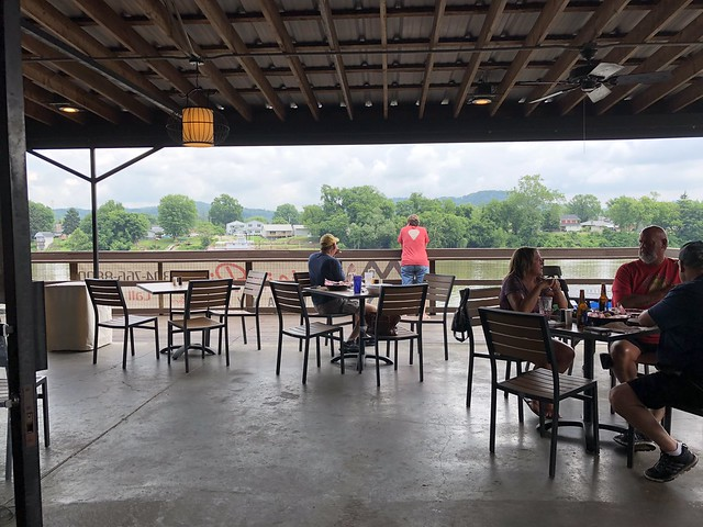 Mountain Pie Co on the River