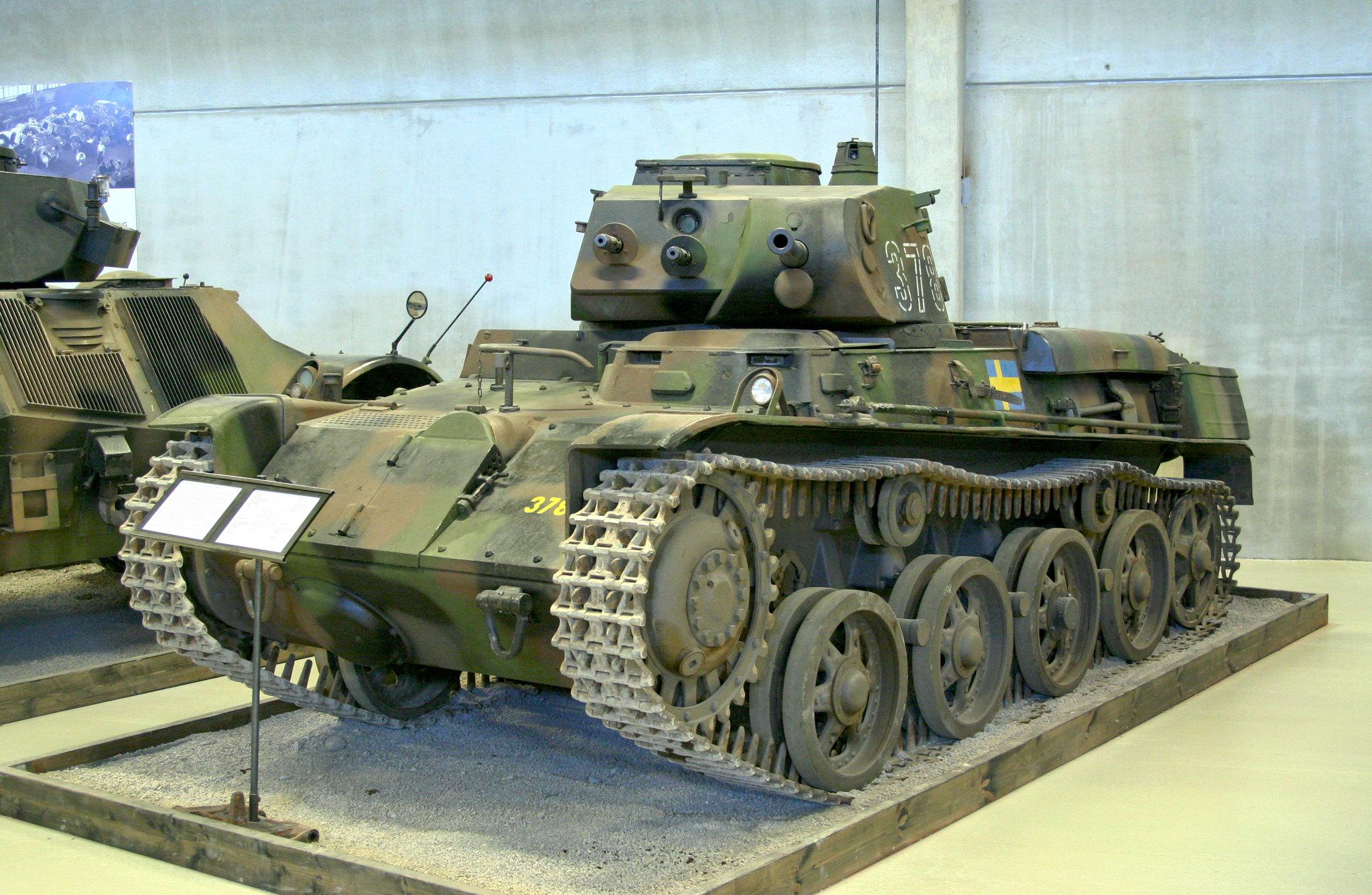IBG Models 1/72 Stridsvagn m/40L Swedish Light Tank 40949313410_028d517a5b_k