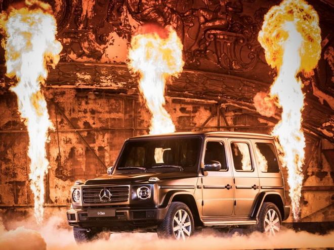 2018年底特律車展正式發表全新G-Class,經典雋永的外型,獨特越野霸主的魅力,魔鬼終結者阿諾史瓦辛格更出席站台支持所愛