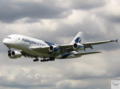Malaysia Airlines A380-841 9M-MNA landing at LHR/EGLL