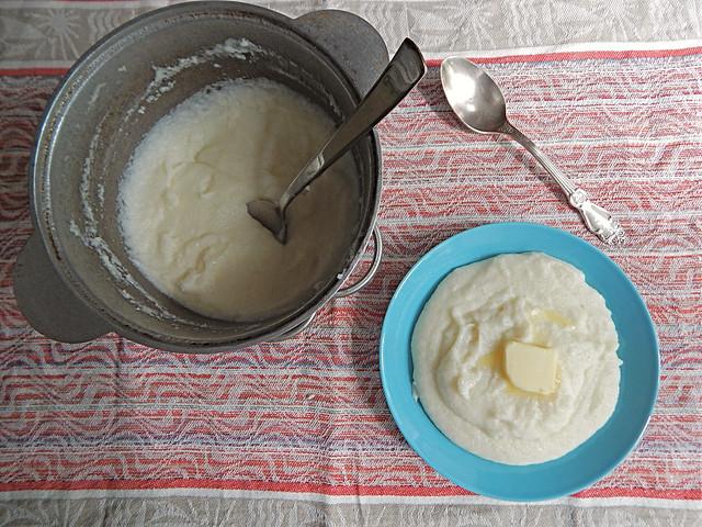 Манная каша по рецепту из Книги о вкусной и здоровой пище | HoroshoGromko.ru