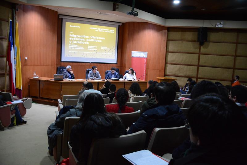 """Seminario """"Migración: Visiones sociales,políticas y jurídicas"""""""