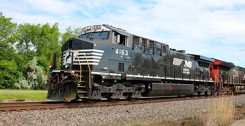 NS 4163, Sherman, Oshkosh, 3 Jun 18