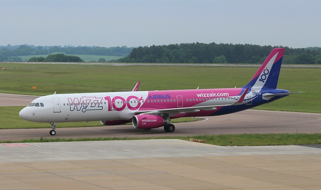 HA-LTD Airbus A321-231SL Wizzair 100th Airbus livery