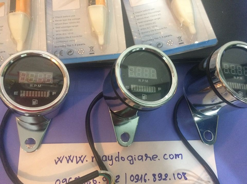 Đồng hồ báo tua và báo mức xăng xe máy