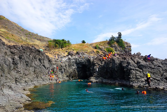 Cliff Jumping (40-ft) in Tinanlakan Cove Bataan