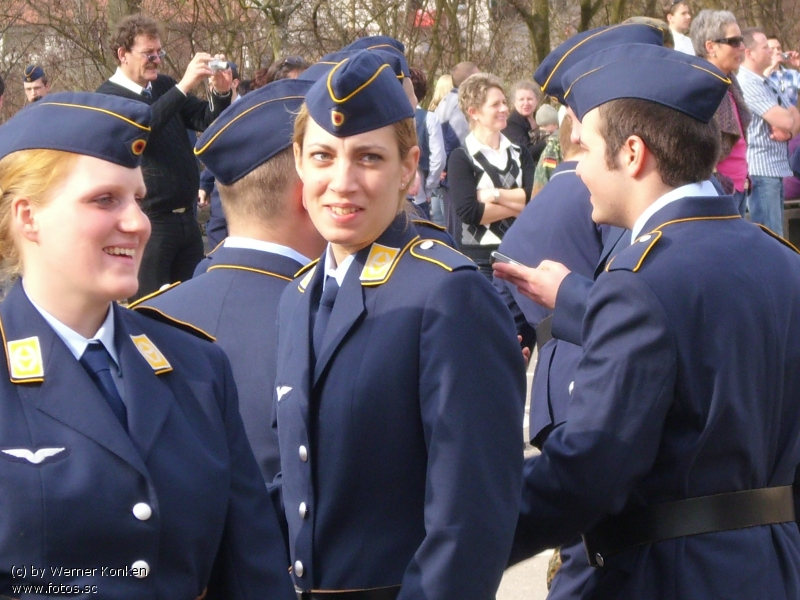 Tochter__Luftwaffe__Uniform__Frau_in_Uniform