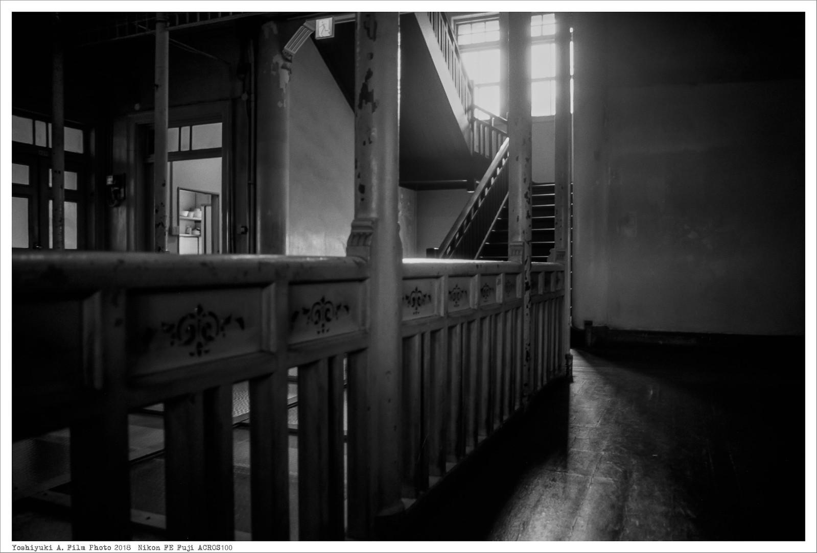 北九州市若松区 上野海運 Nikon_FE_Fuji_Acros100__75-2