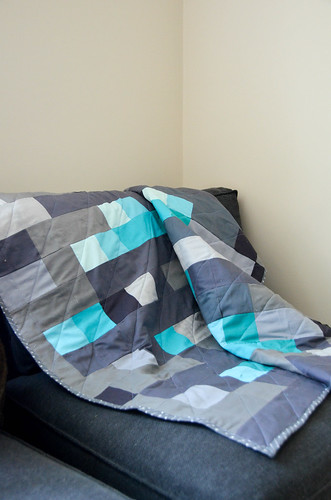 Minecraft-inspired Diamond Block Quilt Tutorial