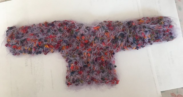 Lovely loopy sweater for SD girls 10