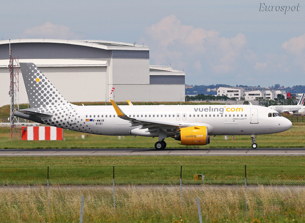 F-WWIR First Airbus A320 Néo Vueling