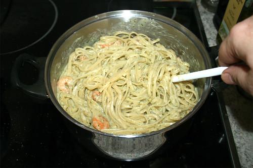 46 - Pasta & Sauce vermischen / Mix pasta & sauce