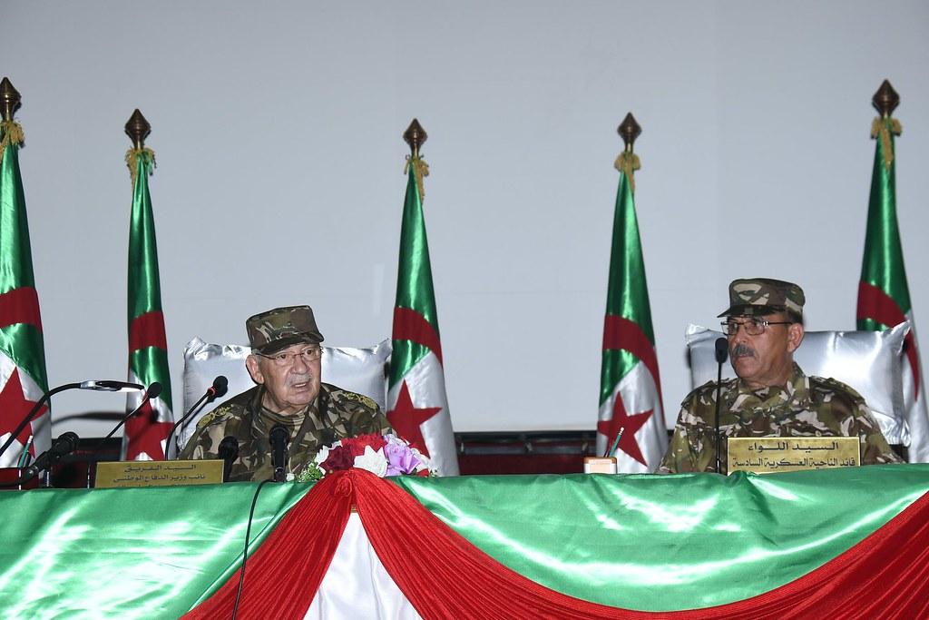 الجزائر : صلاحيات نائب وزير الدفاع الوطني - صفحة 21 40579489440_e90d0cf329_b