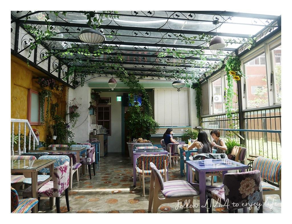 D.G Cafe (6)