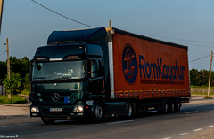 Truck Spotting @ Traffic TIR Parking on the DN7/E81 @ Lintesti-Romania