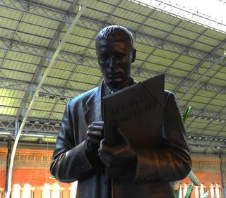 Agente comercial_su estatua