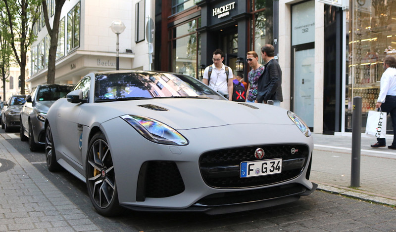 jaguar-f-type-svr-coupe-2017-c141803062018005920_1