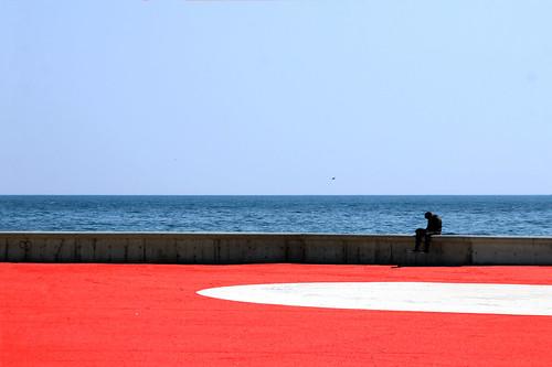 Una rotonda sul mare