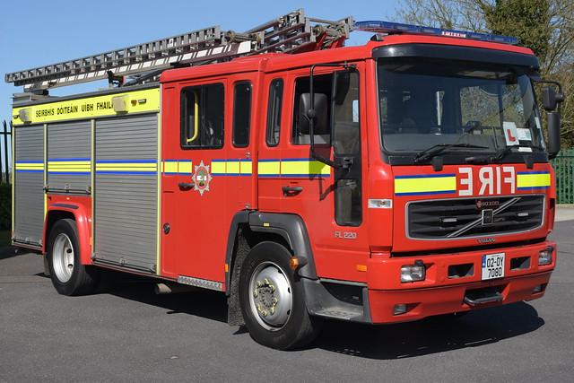 Offaly Fire & Rescue Service 2002 Volvo FL220 Saxon WrL DTU 02OY7080 (Ex Oxfordshire OY52 YWT)