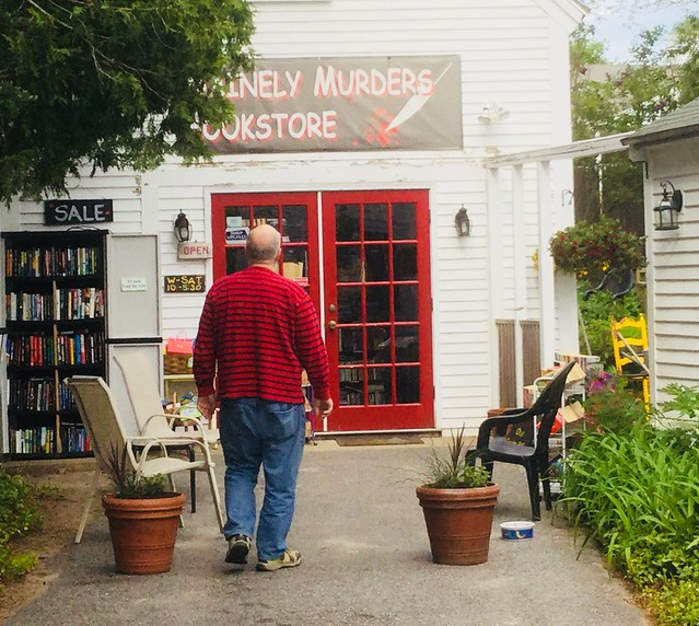Today's day trip destinations in Maine. Love to hunt books!
