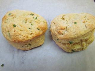 """Garlic """"Cheddar"""" Herb Biscuits"""