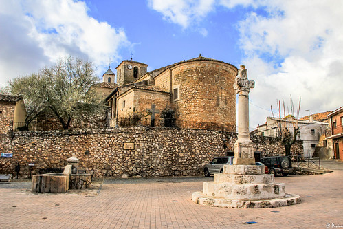 Picota e Iglesia