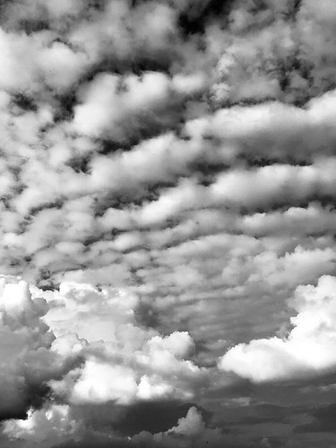 Spectacular vlouds in black & white