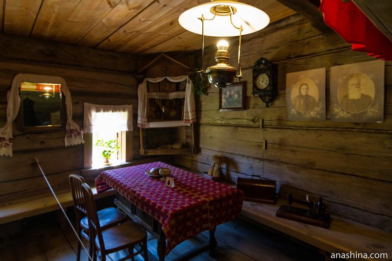 Изба в доме зажиточного крестьянина, Музей деревянного зодчества, Суздаль