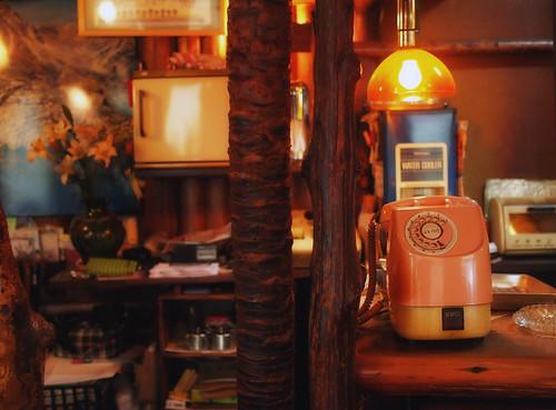 大和八木駅前・純喫茶ヒュッテの公衆電話