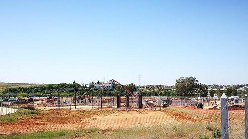 Obras nuevo campus de la Universidad Loyola en Entrenúcleos