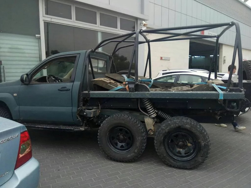 Toyota-LC-120-series-6x6-wf-2