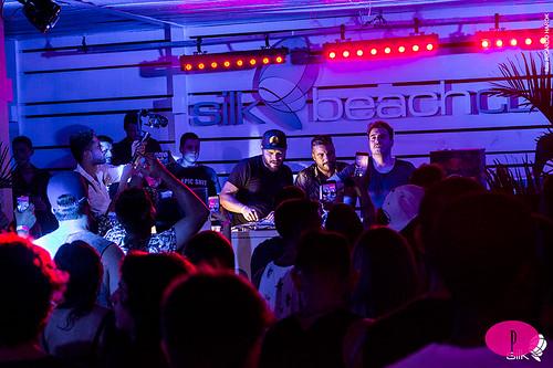 Fotos do evento Deep Please Day Party em Silk Beach Club
