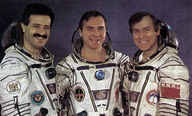 Вот такой он, сирийский космонавт